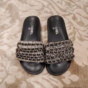 Chanel marine slide leather chain flats size 38